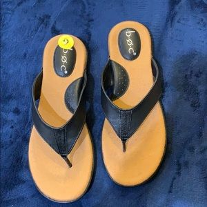 BOC SANDALS. Black size 9
